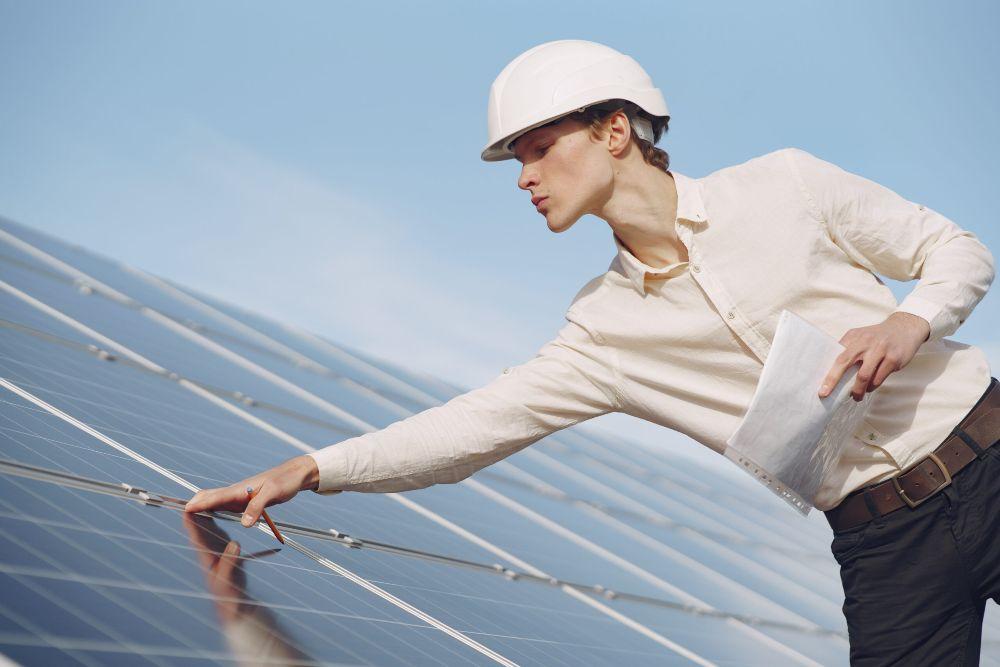 solar-panel-maintenance-services